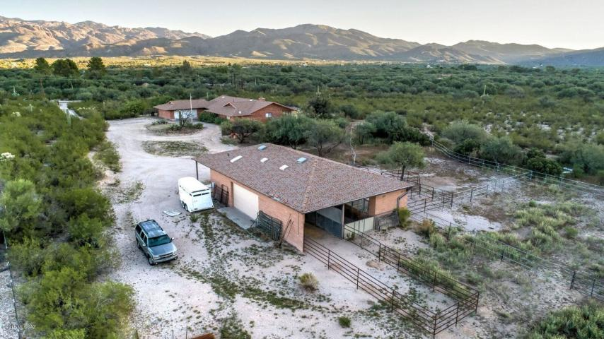 Reduced Price! East Tucson Horse Property